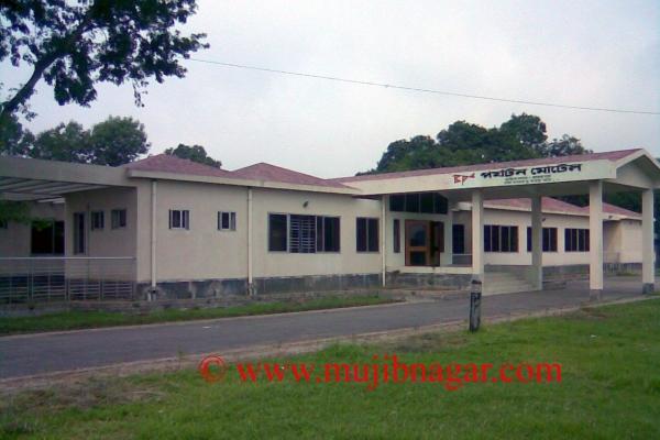 mujibnagar-complex-motel-projectF16D10B3-B13A-61D7-5E44-8182B1506D69.jpg