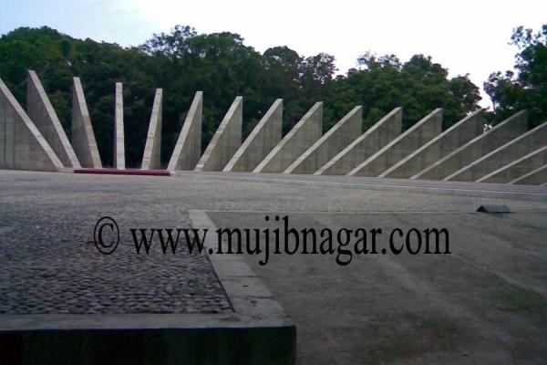 mujibnagar-memorial-monument-1723D8E45-16FA-D9E2-3109-6D69B6164A12.jpg